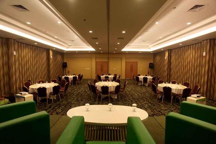 FUNCTIONAL_HALL MaxOneHotels.com @ Vivo Palembang