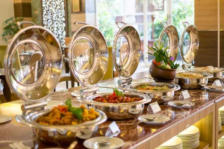 RESTAURANT Syariah Hotel Solo