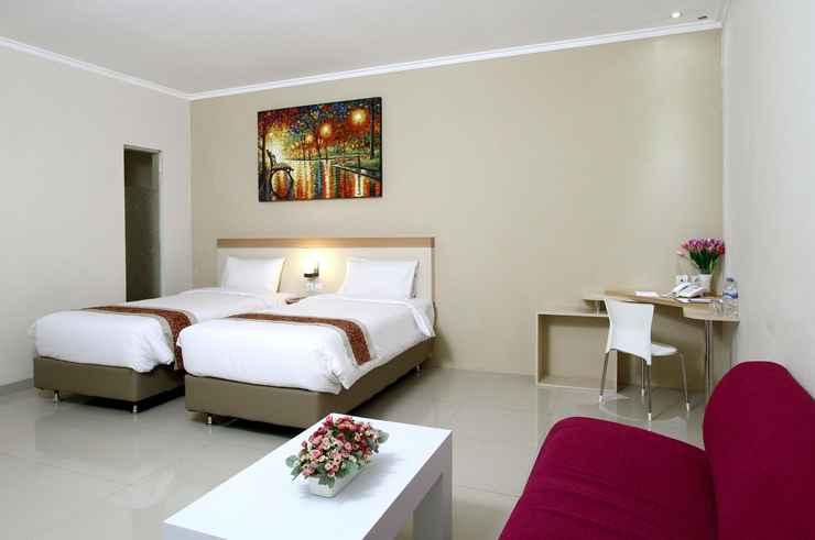 BEDROOM Laxston Hotel Yogyakarta