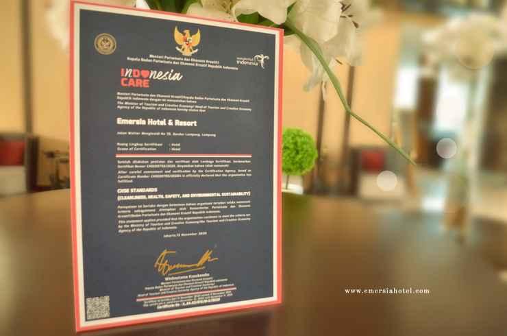 RESTAURANT Emersia Hotel & Resort