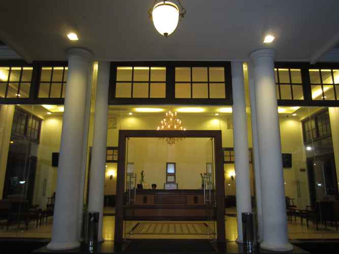 LOBBY Hotel Padang