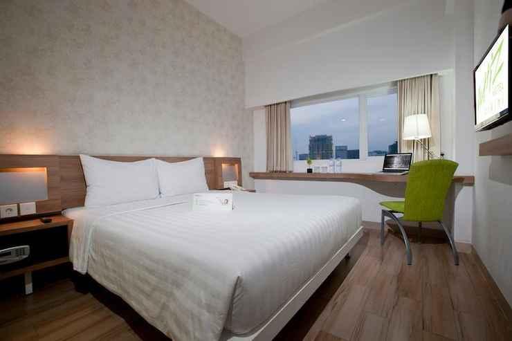 BEDROOM Whiz Hotel Cikini - Menteng