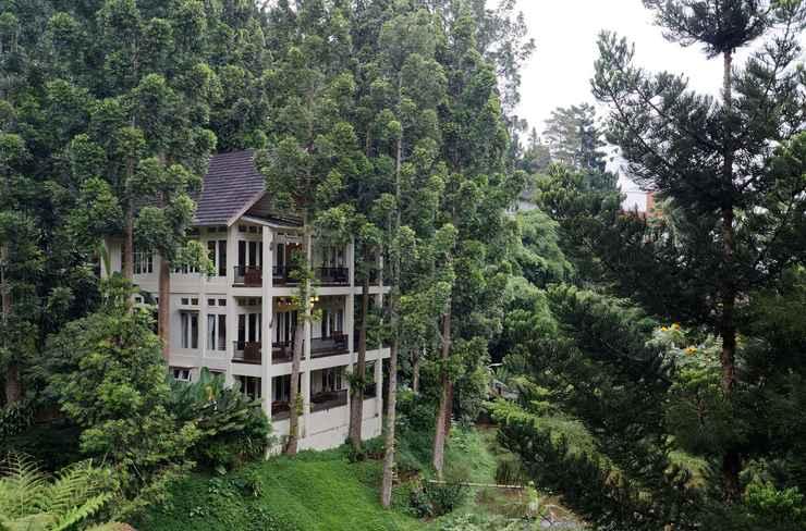 LOBBY Villa Puncak by Plataran