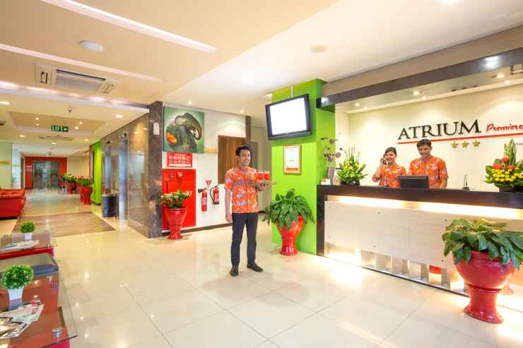 LOBBY Atrium Premiere Hotel Yogyakarta Ambarukmo