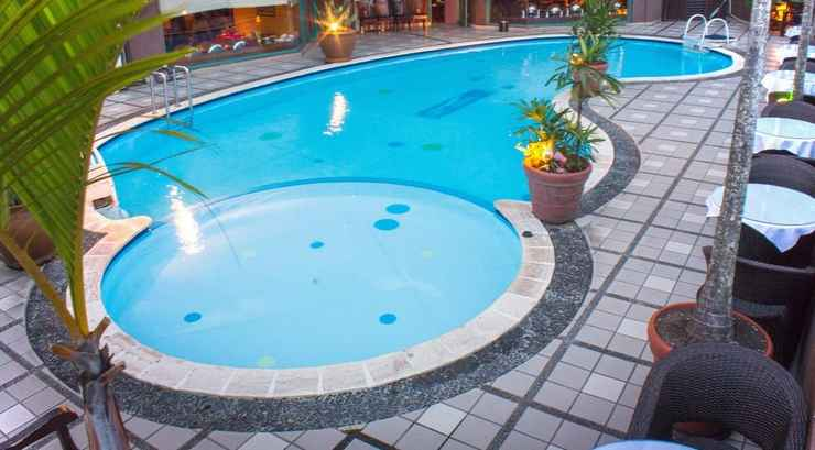 SWIMMING_POOL Travellers Suites Serviced Apartments Medan