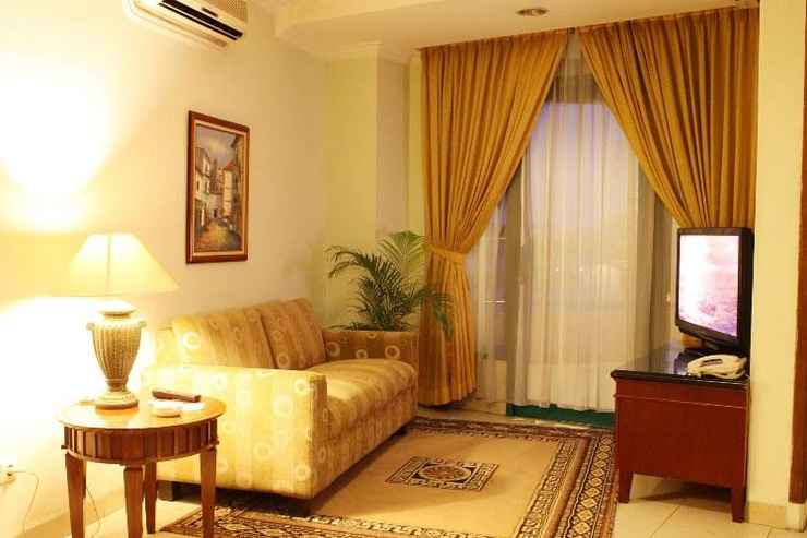 EXTERIOR_BUILDING Travellers Suites Serviced Apartments Medan