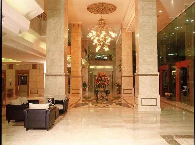 LOBBY Grand Cempaka Business Hotel