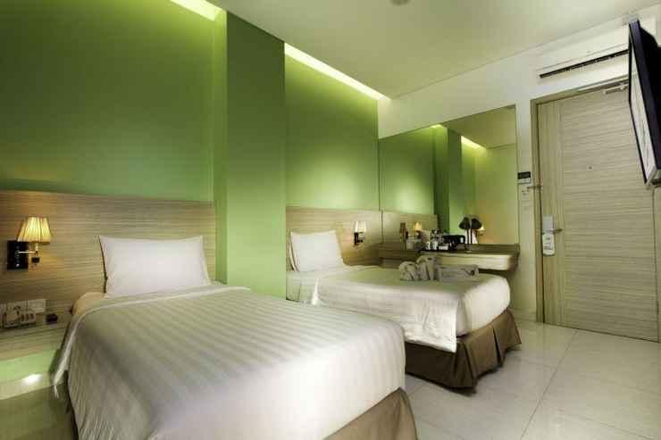 BEDROOM Whiz Prime Hotel Kelapa Gading