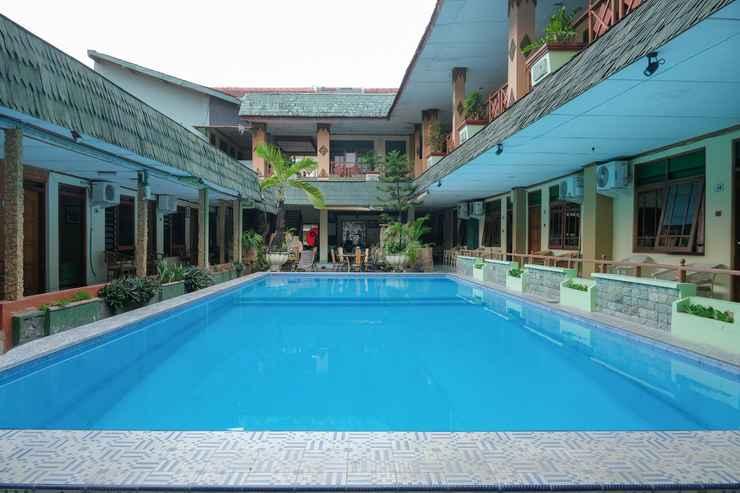 SWIMMING_POOL OYO 585 Hotel Perwita Sari Near RSUD Kota Yogyakarta