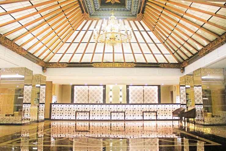 LOBBY Hotel New Saphir Yogyakarta