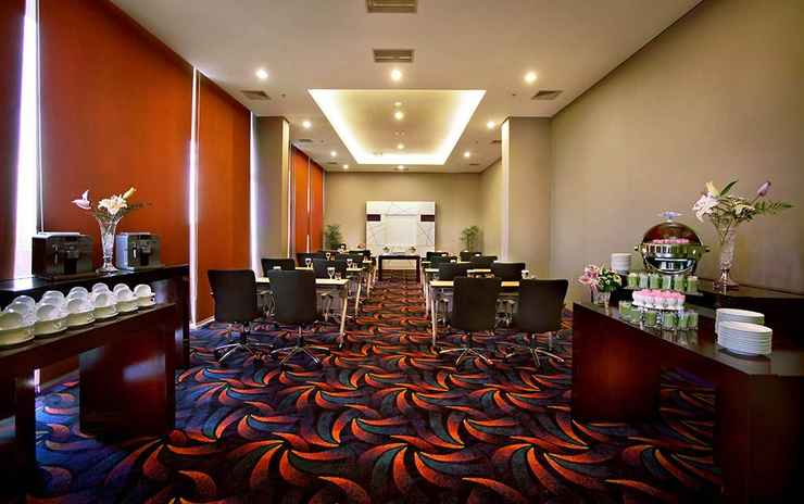 FUNCTIONAL_HALL Fame Hotel Gading Serpong