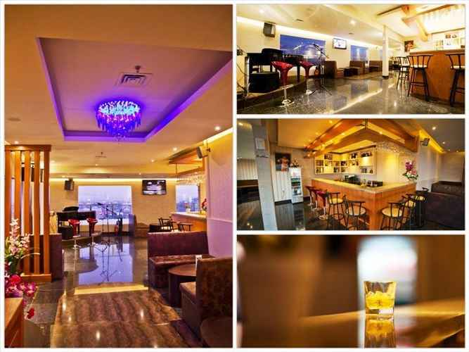 BAR_CAFE_LOUNGE Hotel Continent Centrepoint Makassar