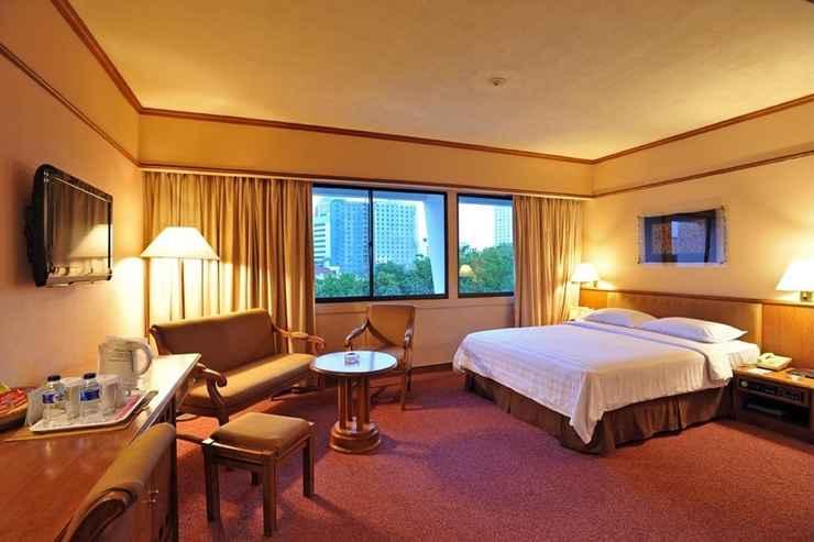 BEDROOM Elmi Hotel