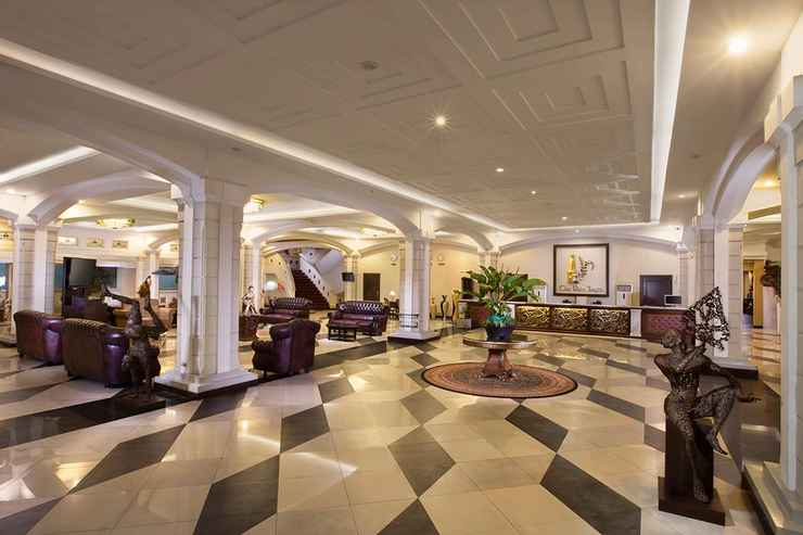 LOBBY The Rich Jogja Hotel