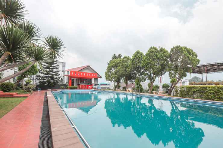 SWIMMING_POOL Hotel Lurus Cisarua