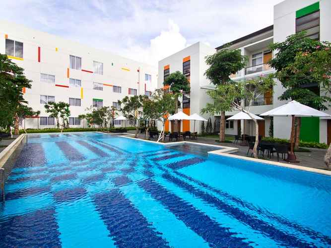 SWIMMING_POOL The Victoria Hotel Yogyakarta