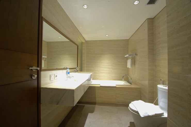 BATHROOM Soll Marina Hotel Serpong