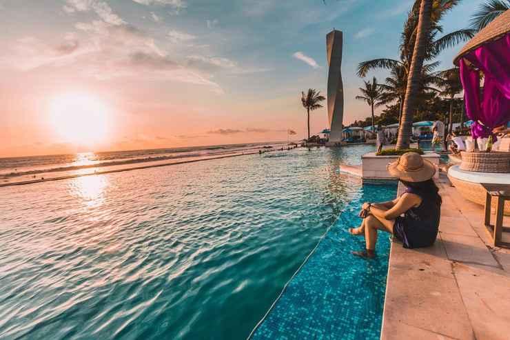 SWIMMING_POOL Lv8 Resort Hotel