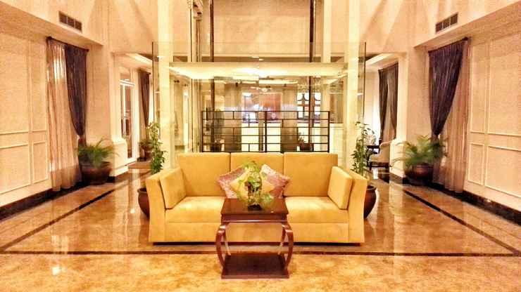 LOBBY Amarelo Hotel Solo