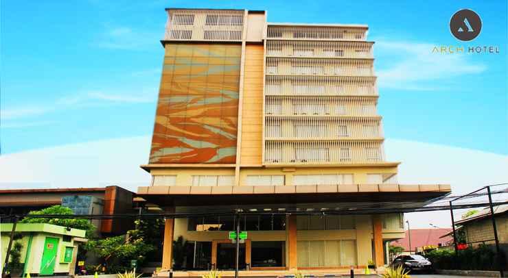 EXTERIOR_BUILDING Arch Hotel Bogor