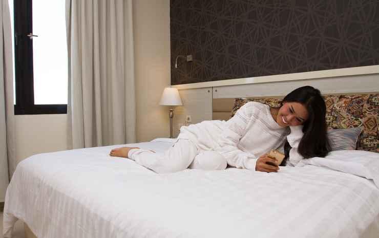 T-MORE Hotel & Lounge Kupang - Deluxe Twin Gratis Antar Jemput Bandara