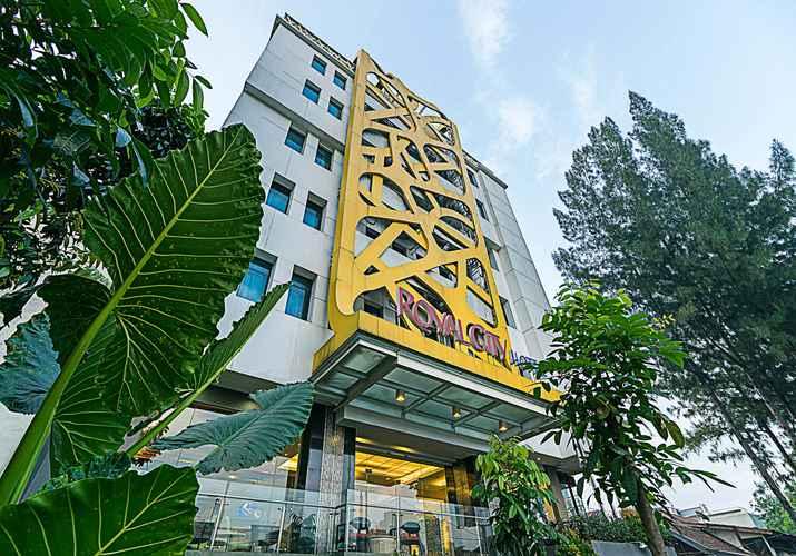 EXTERIOR_BUILDING Royal City Hotel Tomang Jakarta