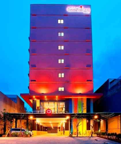 EXTERIOR_BUILDING Amaris Hotel Pasar Baru Jakarta