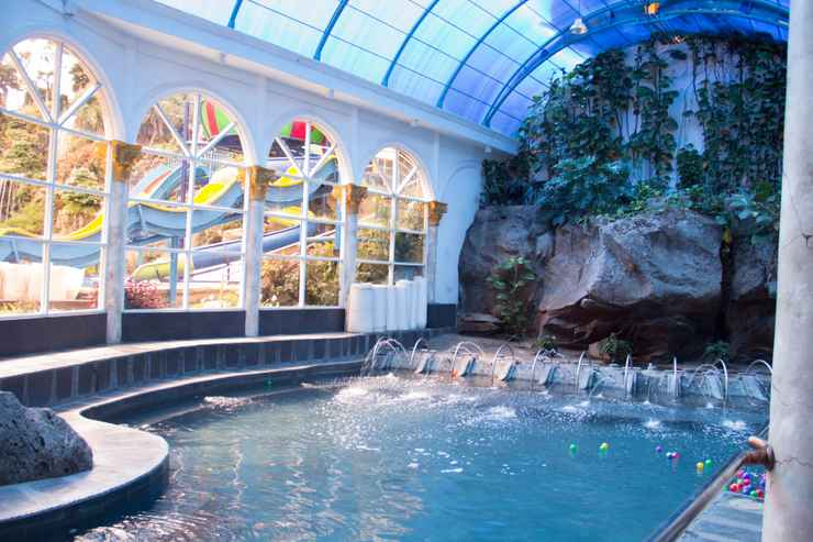 SWIMMING_POOL Grand Paradise Hotel