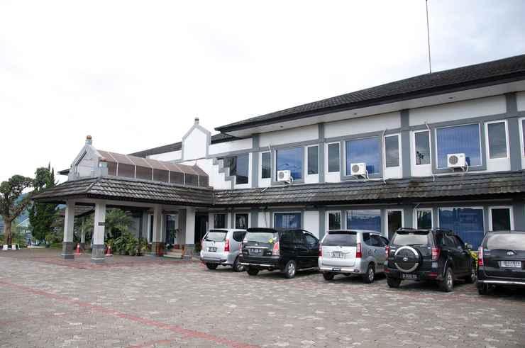 LOBBY Parama Hotel Puncak