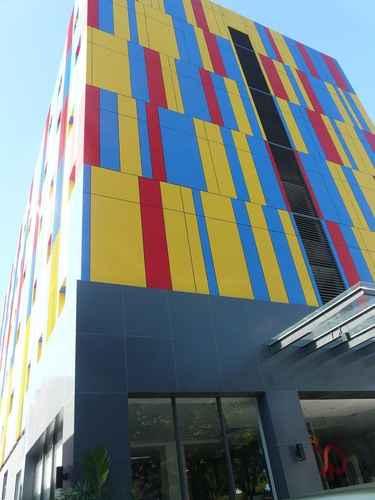 EXTERIOR_BUILDING Top Hotel Manado by Gran Puri