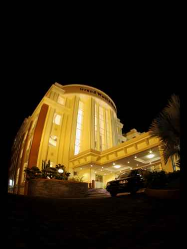 EXTERIOR_BUILDING Grand Wahid Hotel Salatiga