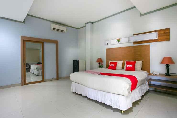 BEDROOM OYO 3031 Hotel Regenerasi