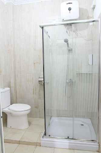 BATHROOM Havilla Maranatha Hotel