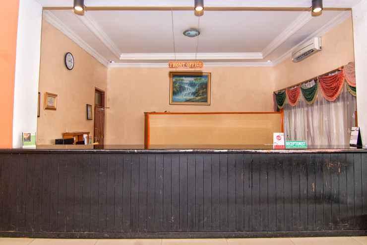 LOBBY Capital O 2205 Hotel 3 Intan