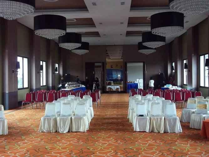 FUNCTIONAL_HALL The Oxalis Regency Hotel