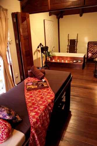BEDROOM Gardenia Resort and Spa