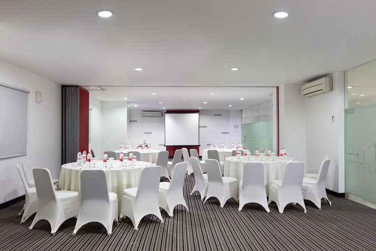 FUNCTIONAL_HALL Amaris Hotel Pemuda Semarang