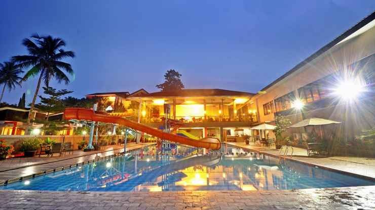SWIMMING_POOL Grand Ussu Hotel & Convention