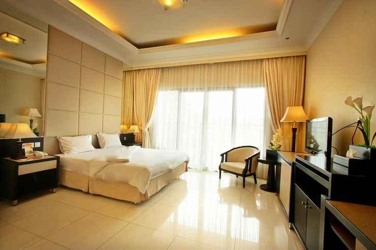 BEDROOM Grand Ussu Hotel & Convention