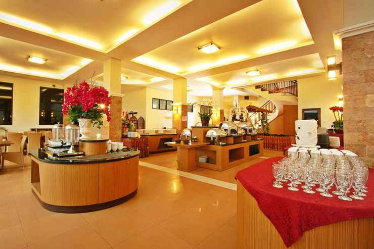 RESTAURANT Grand Ussu Hotel & Convention
