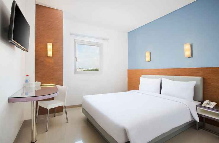 BEDROOM Amaris Hotel Simpang Lima Semarang