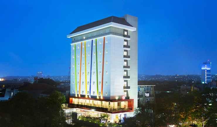 LOBBY Amaris Hotel Simpang Lima Semarang