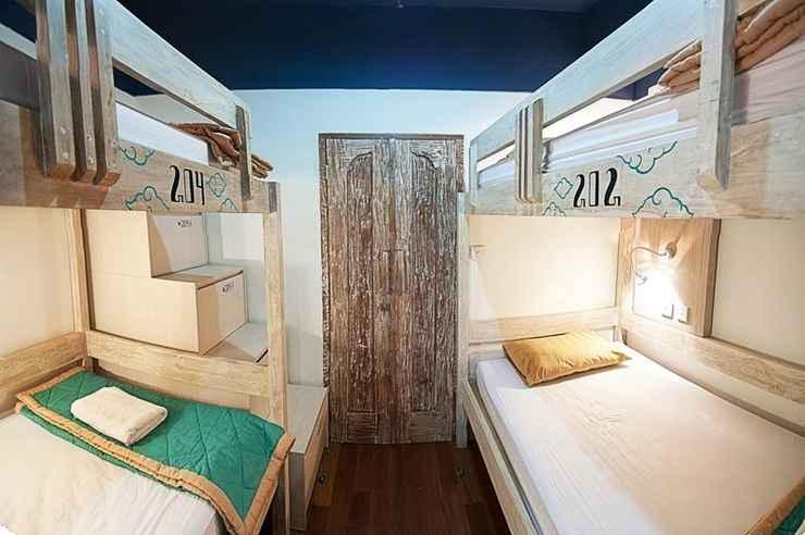 BEDROOM Nau Here Hostel
