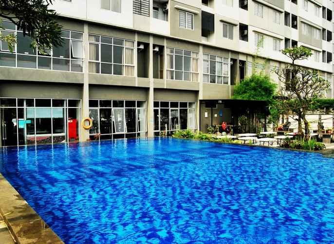 Swimming Pool High Livin Apartment