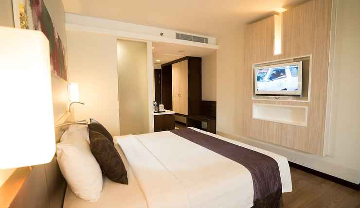 BEDROOM M Regency Makassar
