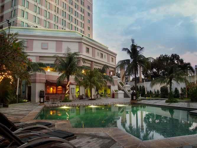 SWIMMING_POOL Grand Candi Hotel Semarang