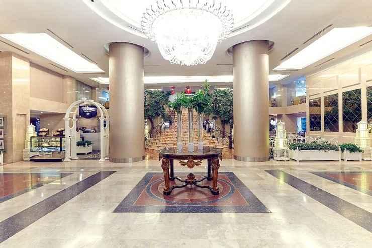 LOBBY Garden Palace Hotel Surabaya