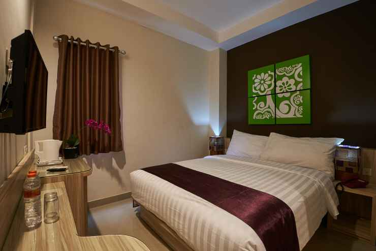 BEDROOM Grand Aularis Hotel