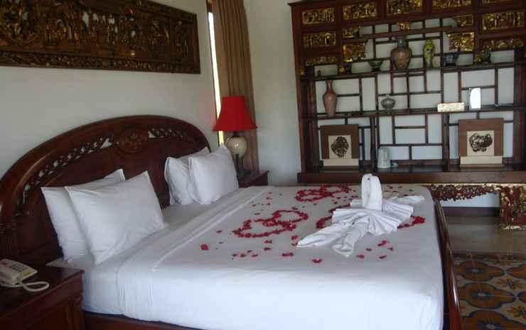 Aqua Octaviana Villa Bali - Penthouse with Jacuzzi