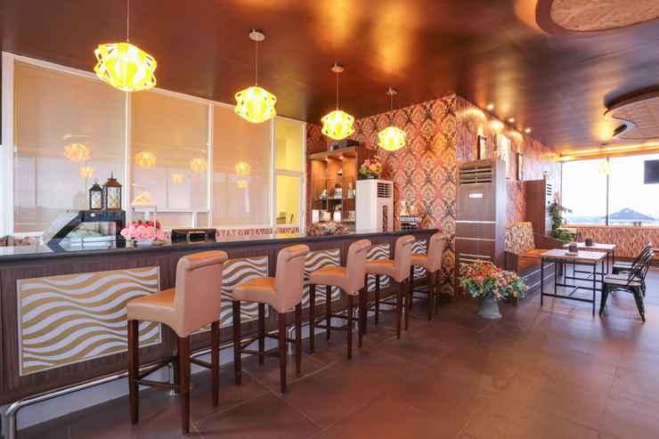 BAR_CAFE_LOUNGE Hotel Remcy Panakukkang